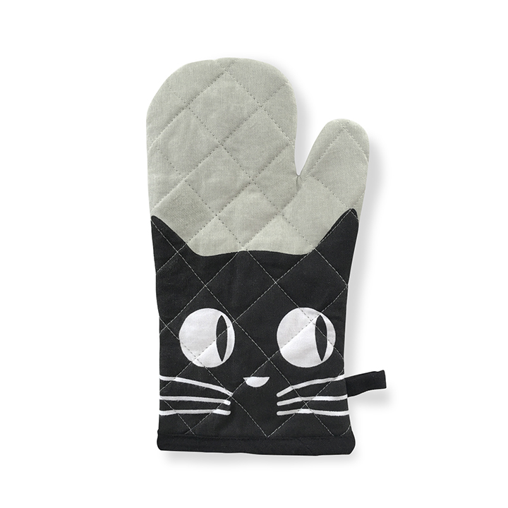 oven-mitt-big-eyes-cat1